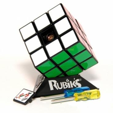 Детский скоросной кубик Рубика (Speedcubing KIT) является занимательной игрой для детей любого возраста.