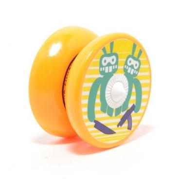 Трансформер Йо-Йо AERO Shuriken сделанный из пластических деталей с добавлением резиновых элементов, которые удобны как в игре, так и сборах для детей и взрослых