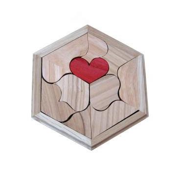 Увлекательная головоломка Валентинка сделана специально для детей и их родителей.