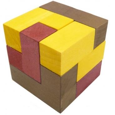 Развить логику, память и мышление поможет удивительная и игра, которая получила название Кубики для всех (Б.П.Никитин).