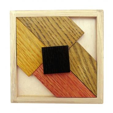 Черный квадрат - 2 - замечательная головоломка для маленьких эрудитов.