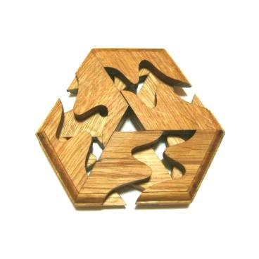 Потрясающая головоломка Шестигранник не оставит равнодушным не одного ребенка.