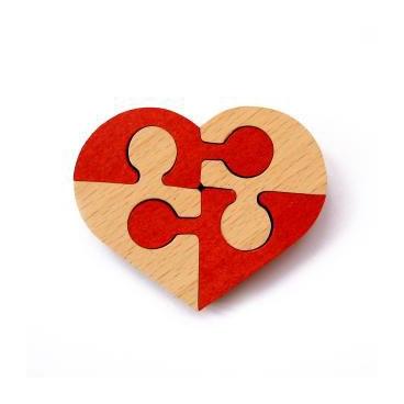 Захватывающая деревянная головоломка «Неразберишка Сердце» - уникальная, интересная и красочная игра для взрослых.