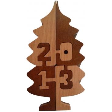 Занимательная логическая игра «Неразберишка – 2013» - неповторимая головоломка, в которой все элементы сделаны из дерева.